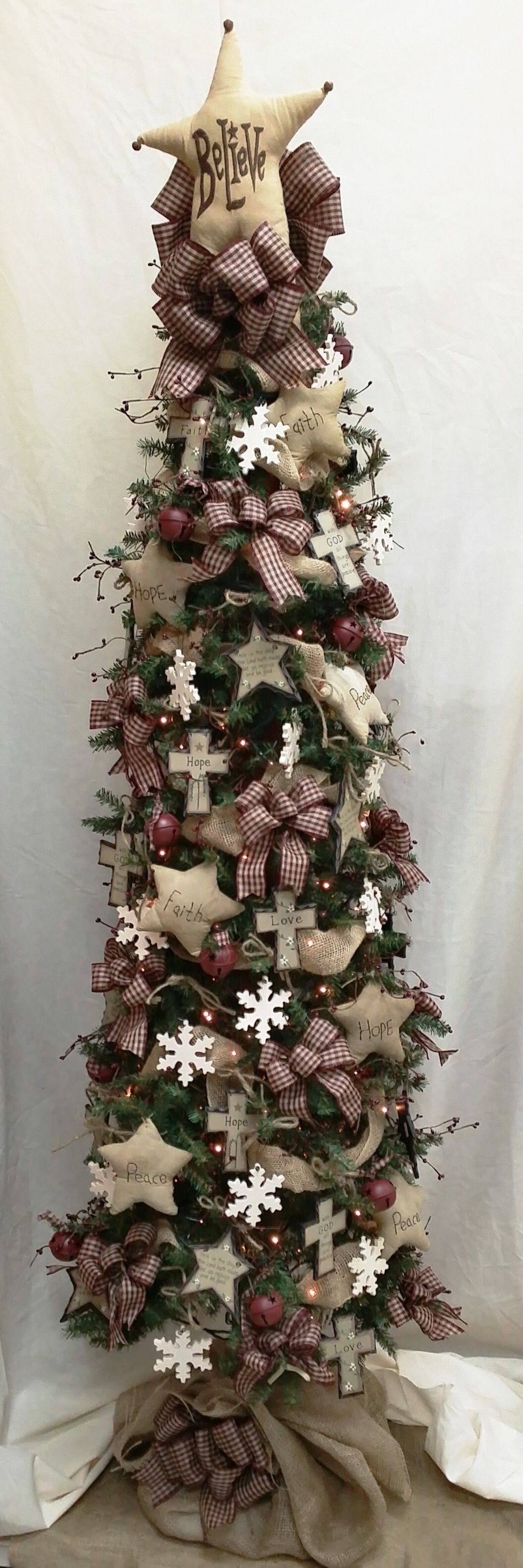 Unique But Inspiring Christmas Tree Toppers Decoration Ideas 34
