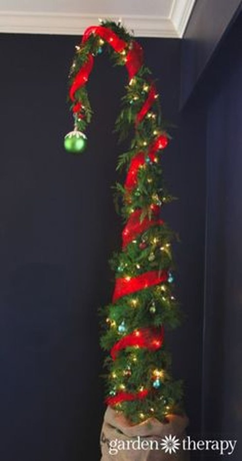 Unique But Inspiring Christmas Tree Toppers Decoration Ideas 47