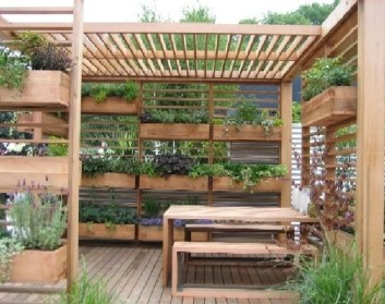Awesome And Affordable Vertical Garden Ideas For Your Home 05