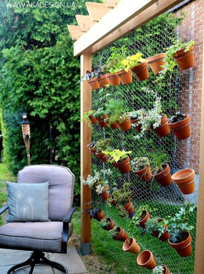 Awesome And Affordable Vertical Garden Ideas For Your Home 16