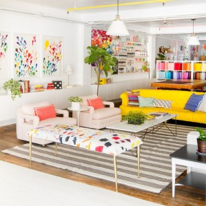 Bright And Colorful Living Room Design Ideas05