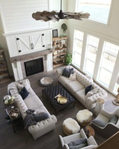 Cozy And Modern Living Room Decoration Ideas 14