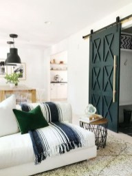Cozy And Modern Living Room Decoration Ideas 40