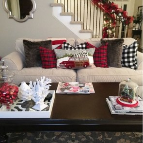 Cozy Plaid Decor Ideas For Christmas 01