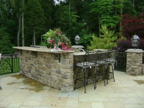 Cozy Rustic Patio Design Ideas21