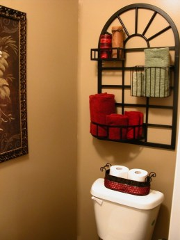 Creative Practical Bathroom Storage Design Ideas09