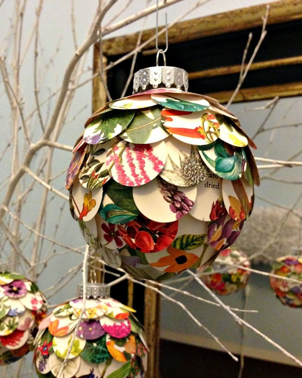 Cute Whimsical Christmas Ornaments Ideas For Your Holiday Decoration 07