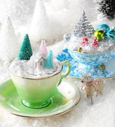 Cute Whimsical Christmas Ornaments Ideas For Your Holiday Decoration 10