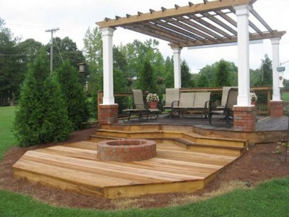Gorgeous Wooden Deck Porch Design Ideas 19