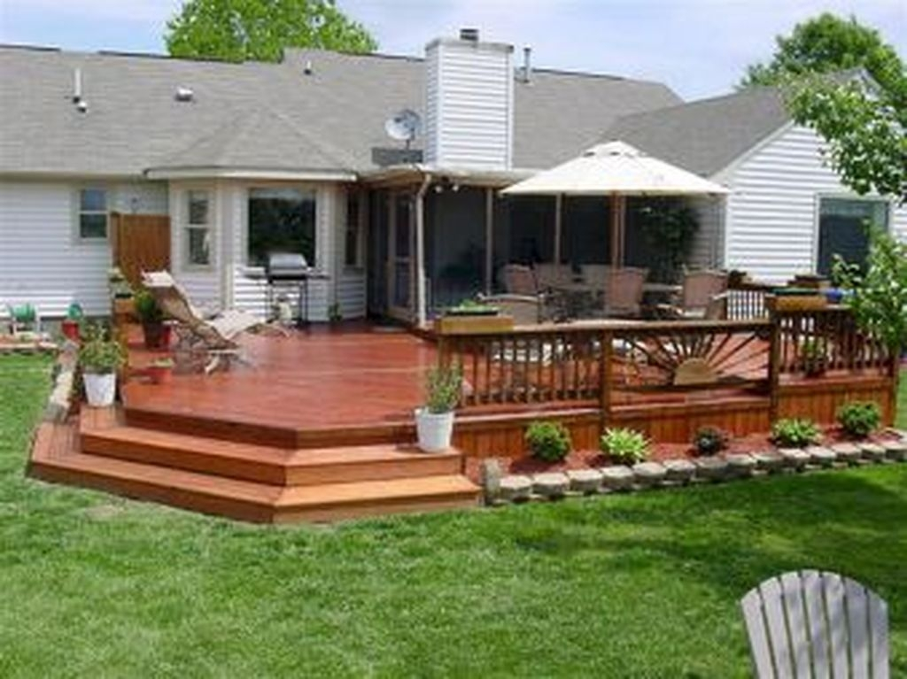 Gorgeous Wooden Deck Porch Design Ideas 34