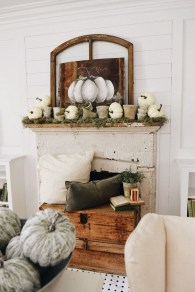 Inspiring Rustic Fall Mantel Decoration Ideas 13