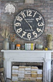 Inspiring Rustic Fall Mantel Decoration Ideas 21