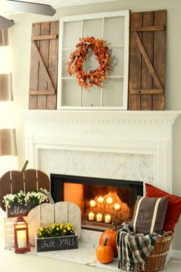 Inspiring Rustic Fall Mantel Decoration Ideas 35