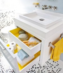 Lovely Sunny Yellow Bathroom Design Ideas 01