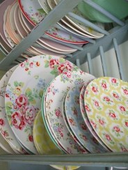 Small And Creative Dish Racks And Drainers Ideas22
