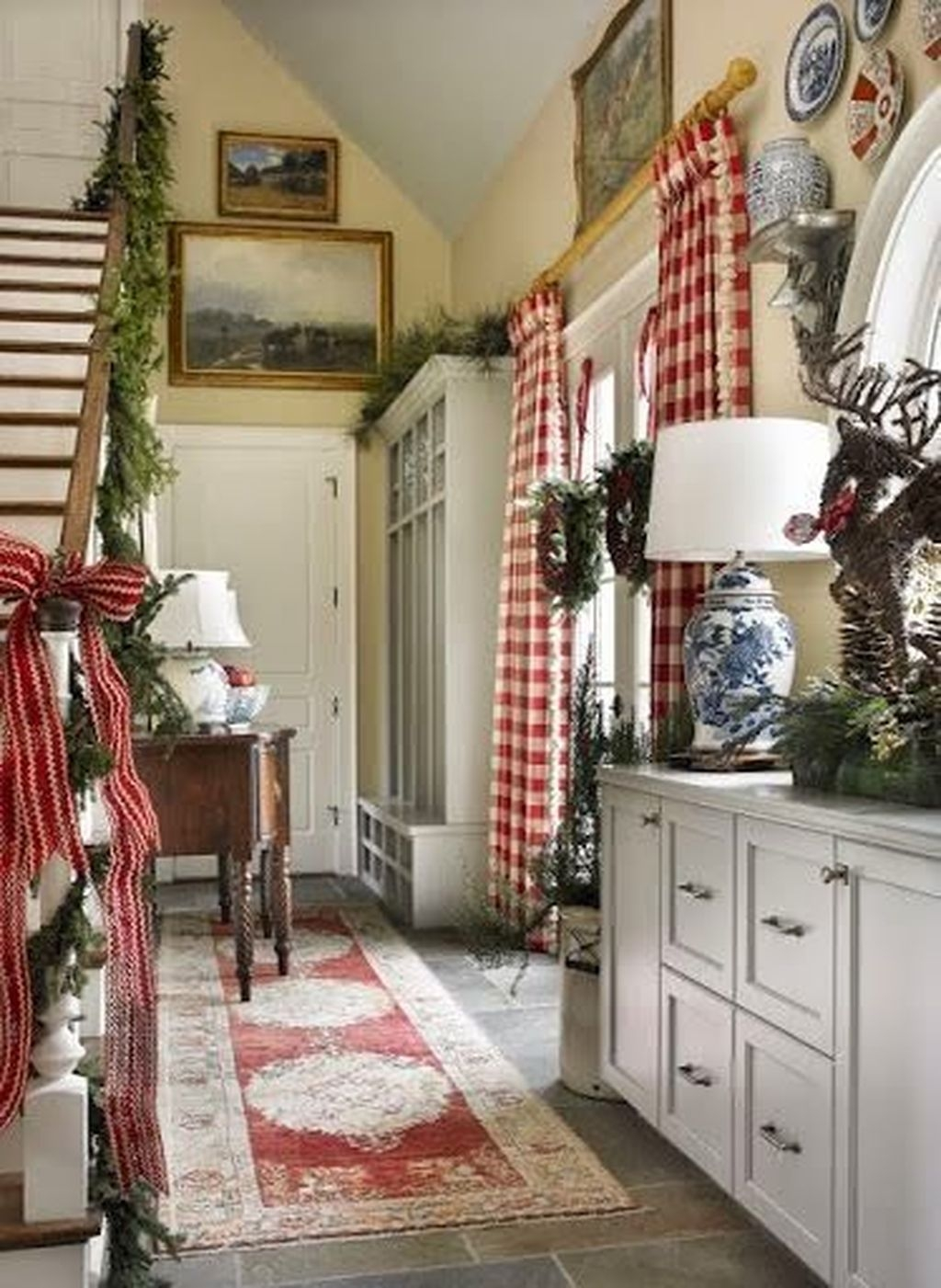 Amazing French Country Home Decoration Ideas 24