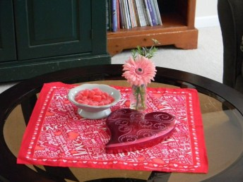 Best Ideas Decorate Dining Room Table Valentines 14