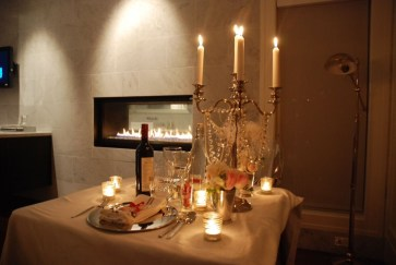 Best Ideas Decorate Dining Room Table Valentines 17