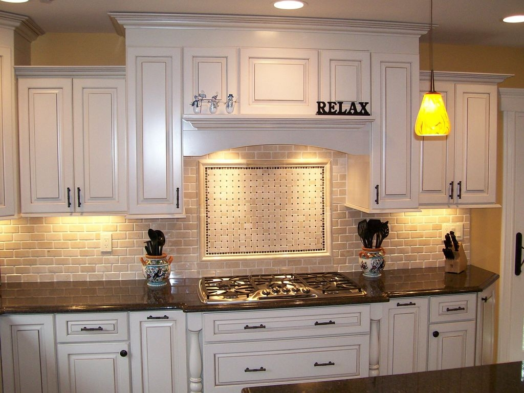 Best Porcelain Slab Countertops Design Ideas For Your Kitchen 42