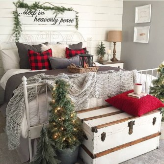 Best Room Decoration Ideas For This Winter 24