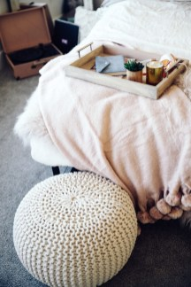 Best Room Decoration Ideas For This Winter 36