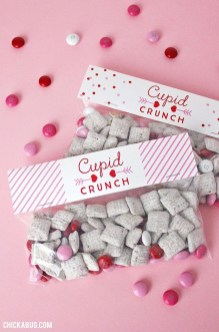 Cute Easy Valentine Candy Decorations 05