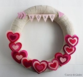 Cute Valentine Door Decoration Ideas You Should Try 23