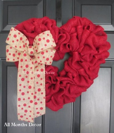 Cute Valentine Door Decoration Ideas You Should Try 29