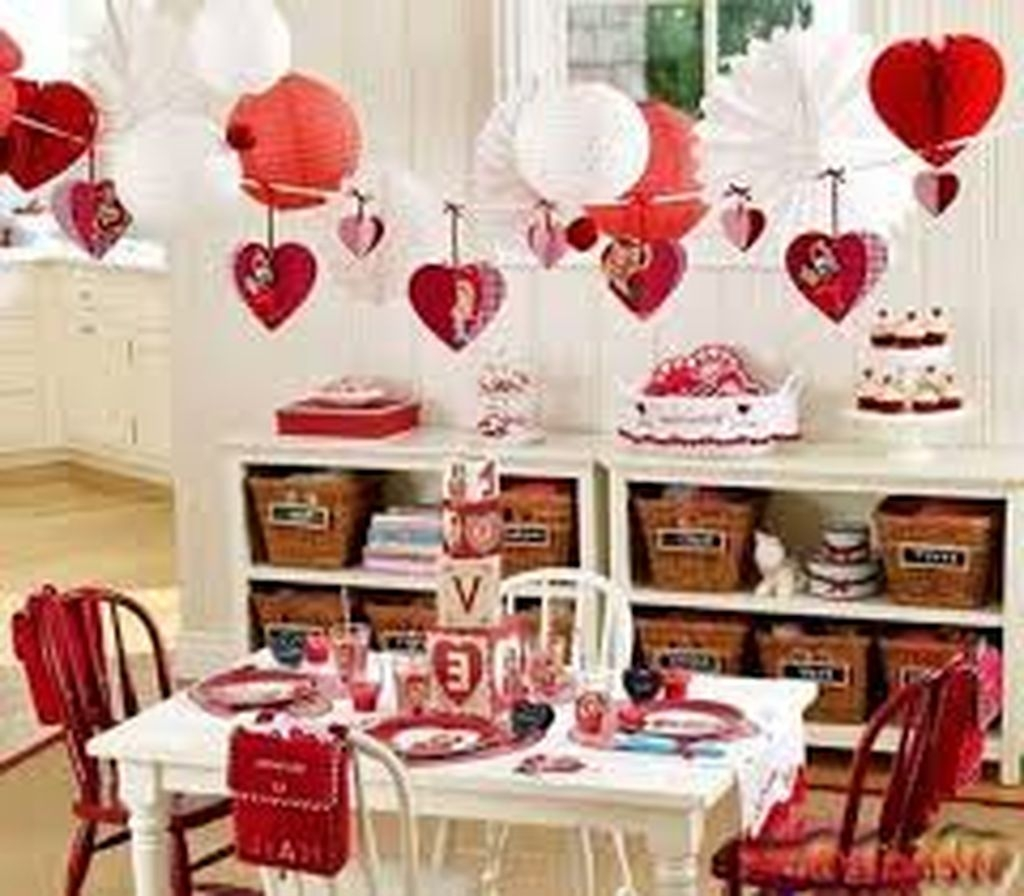 Inexpensive But Stunning Valentine Decoration Ideas 15