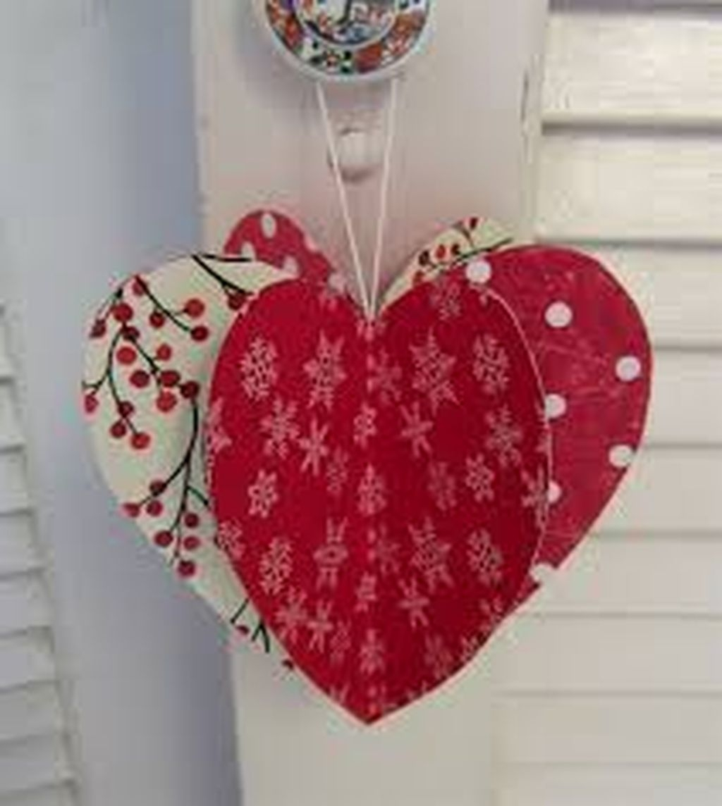 Inexpensive But Stunning Valentine Decoration Ideas 33