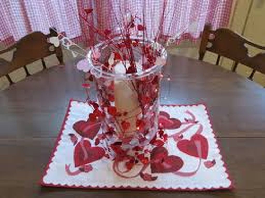 Inexpensive But Stunning Valentine Decoration Ideas 36