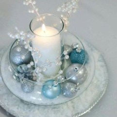 Stylish Winter Centerpiece Decoration Ideas 27