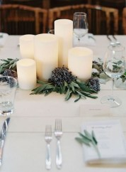 Stylish Winter Centerpiece Decoration Ideas 31
