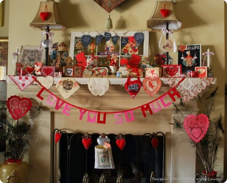 Totally Cool Valentine Mantel Decoration Ideas 04