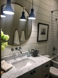 Adorable Modern Farmhouse Bathroom Remodel Ideas 20