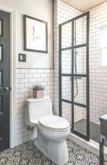 Adorable Modern Farmhouse Bathroom Remodel Ideas 37