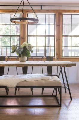 Amazing Rustic Dining Room Table Decor Ideas 16