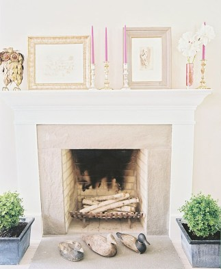Best Valentines Fire Pit Mantel Decorating Ideas 41