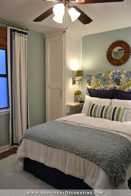 Cool Small Master Bedroom Decorating Ideas 43