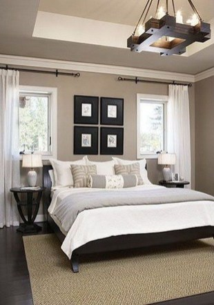 Cool Small Master Bedroom Decorating Ideas 52
