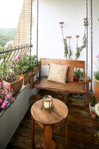 Cozy Apartment Balcony Decorating Ideas 39