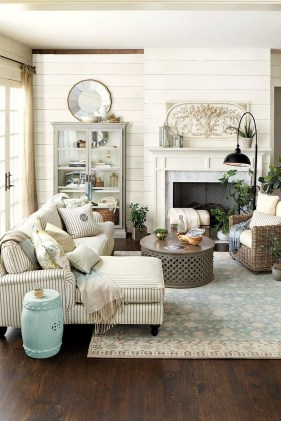 Cozy French Country Living Room Decor Ideas 52