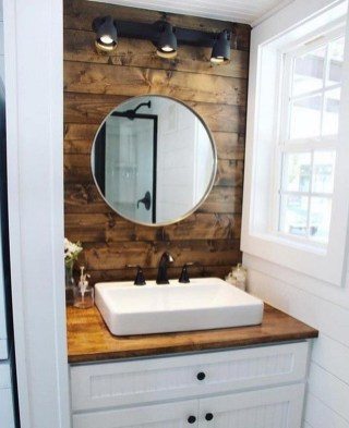 Creative Tiny House Bathroom Remodel Ideas 17