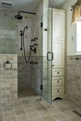 Creative Tiny House Bathroom Remodel Ideas 35