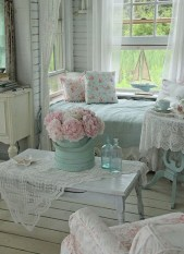Cute Shabby Chic Farmhouse Living Room Design Ideas 02