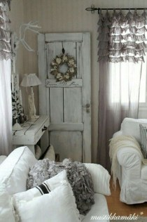 Cute Shabby Chic Farmhouse Living Room Design Ideas 12