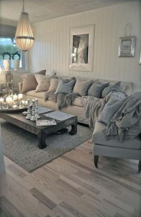 Cute Shabby Chic Farmhouse Living Room Design Ideas 14