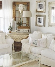 Cute Shabby Chic Farmhouse Living Room Design Ideas 30