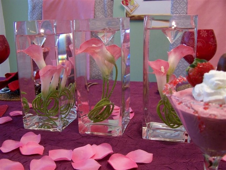 Inspiring Table Decoration Ideas For Valentines Party 35