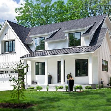 Modern Farmhouse Exterior Designs Ideas 15